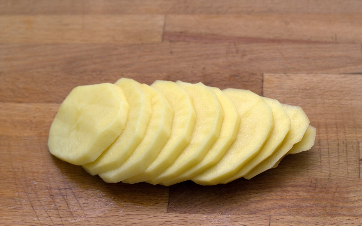 картофель пластинками