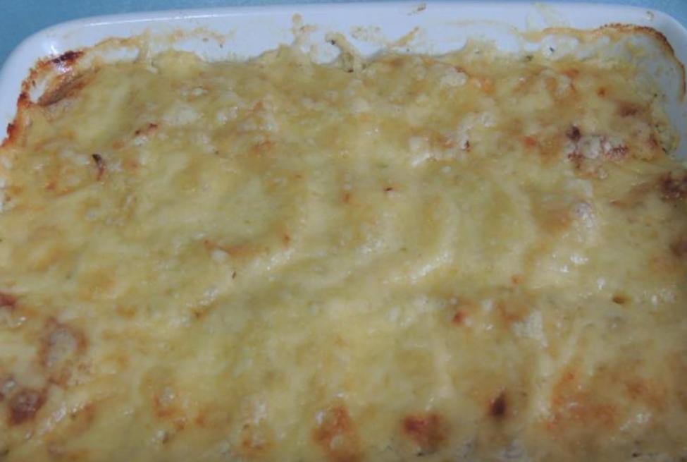 посыпать сыром и выпекать