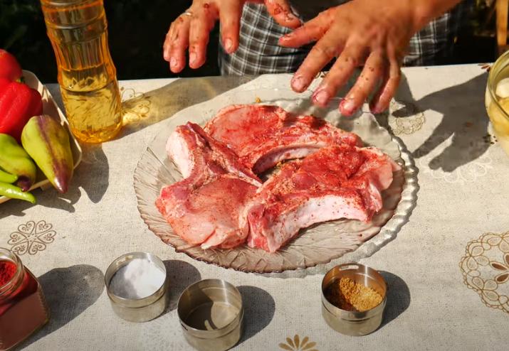 Замаринуйте мясо